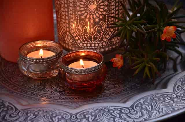 Candles for easy decor